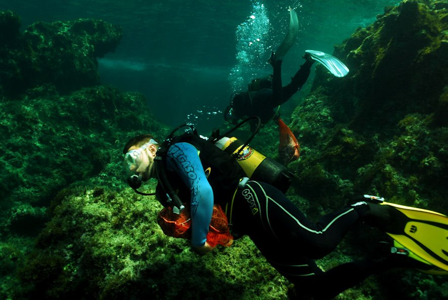 Sea-Dream-Divers-03.jpg